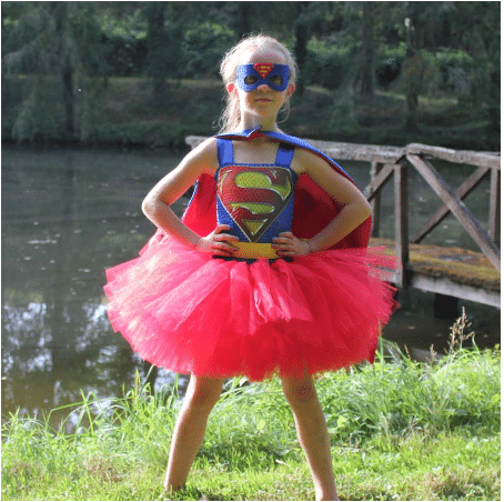 زي supergirl